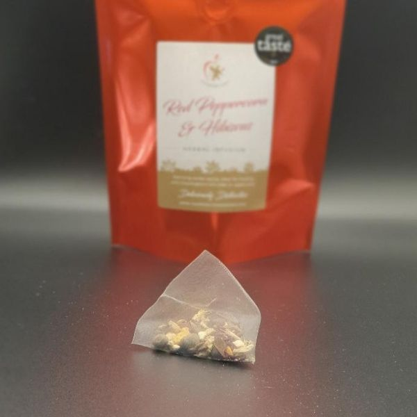 Red Peppercorn & Hibiscus mulling spice pyramid